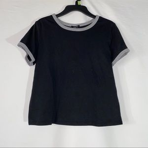Rue 21 black and grey cropped t shirt